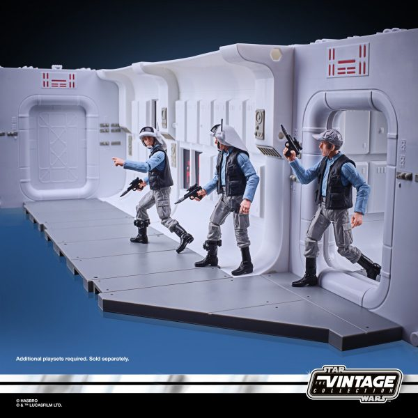 STAR-WARS-THE-VINTAGE-COLLECTION-3.75-INCH-TANTIVE-IV-HALLWAY-Playset-oop-22-600x600