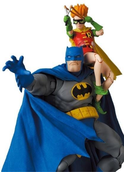 batman-blue-version-robin_dc-com3