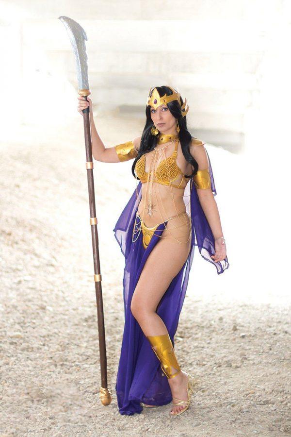 dejah-thoris-2019-10-cvr-d-tasha-uk-cosplay-1-98395-p-600x900