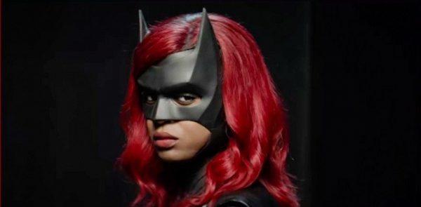 Batwoman-Javacia-Leslie-first-look-600x295
