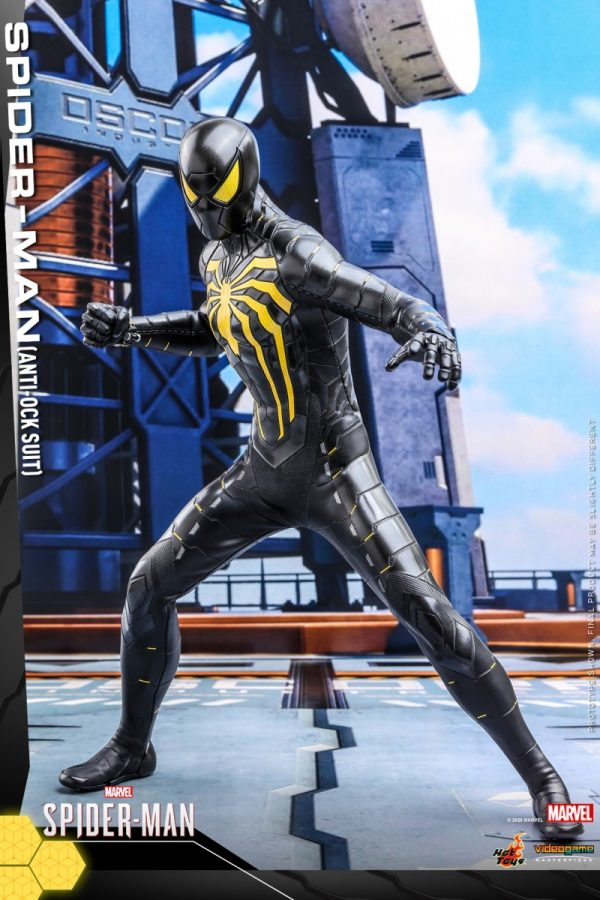 Hot-Toys-MSM-Spider-Man-Anti-Ock-Suit-collectible-figure_PR2-600x900