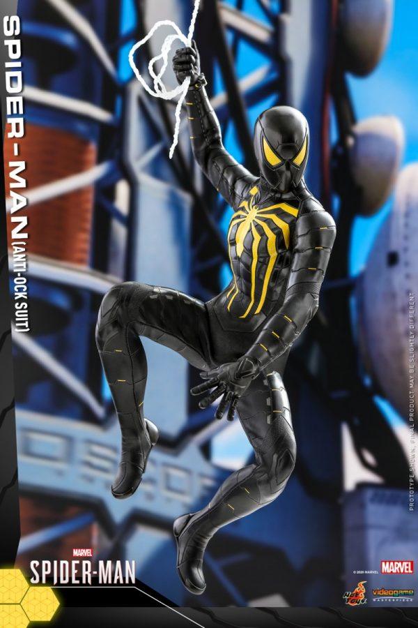Hot-Toys-MSM-Spider-Man-Anti-Ock-Suit-collectible-figure_PR3-600x900