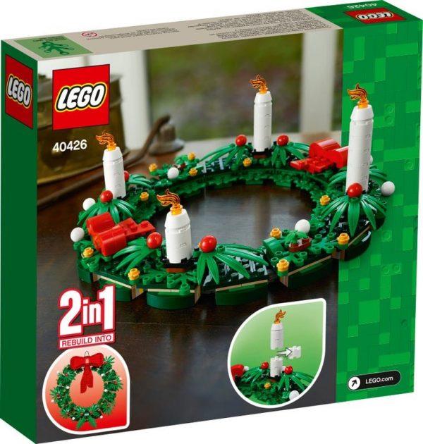 LEGO-Seasonal-Christmas-Wreath-2-in-1-40426-2-600x630