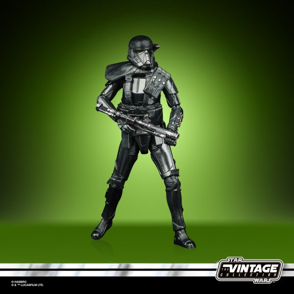 STAR-WARS-THE-VINTAGE-COLLECTION-CARBONIZED-COLLECTION-3.75-INCH-DEATH-TROOPER-oop4-600x600