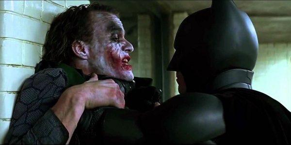 The-Dark-Knight-Batman-and-Joker-Interrogation-Room-Fight-600x300