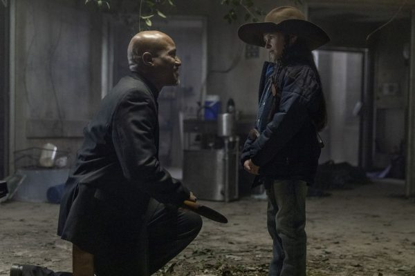 The-Walking-Dead-finale-images-10-600x400