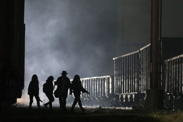 The-Walking-Dead-finale-images-17-600x400