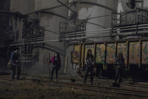The-Walking-Dead-finale-images-18-600x400
