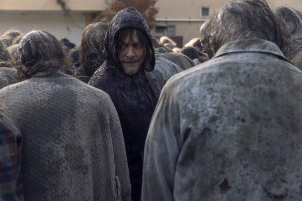 The-Walking-Dead-finale-images-21-600x400