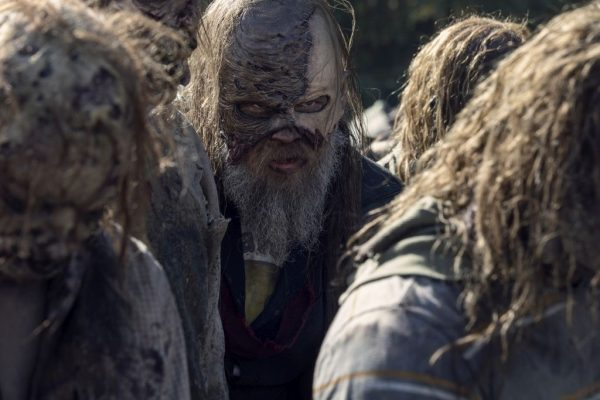The-Walking-Dead-finale-images-22-600x400