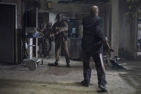 The-Walking-Dead-finale-images-6-600x400