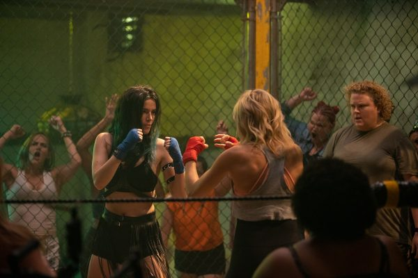 Chick-Fight-12-600x400