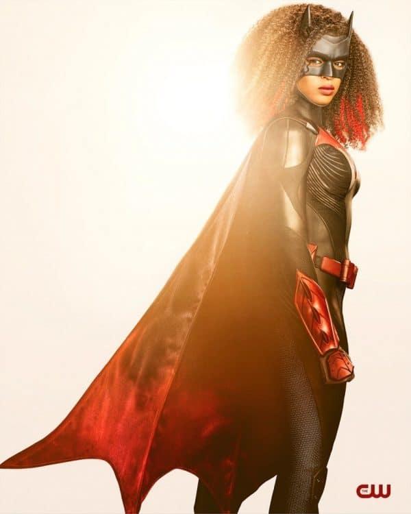 Javica-Leslie-Batwoman-DC-The-CW-2-600x750