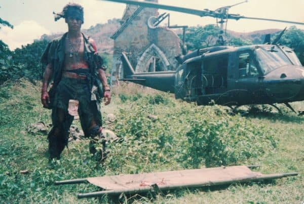Johnny-Depp-BTS-in-Brothers-in-Arms-The-Making-of-Platoon-600x404