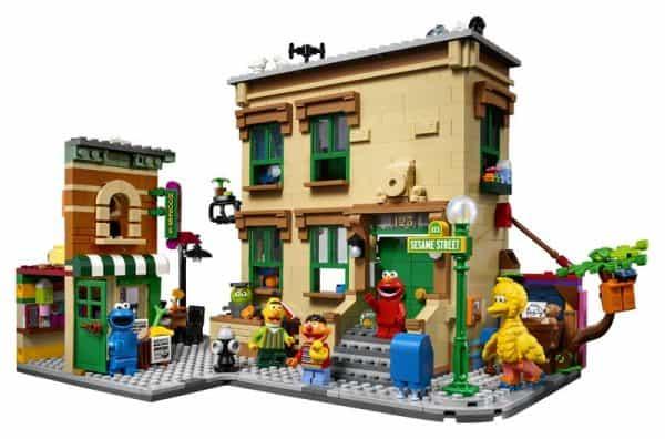 LEGO-Ideas-Sesame-Street-3-600x396