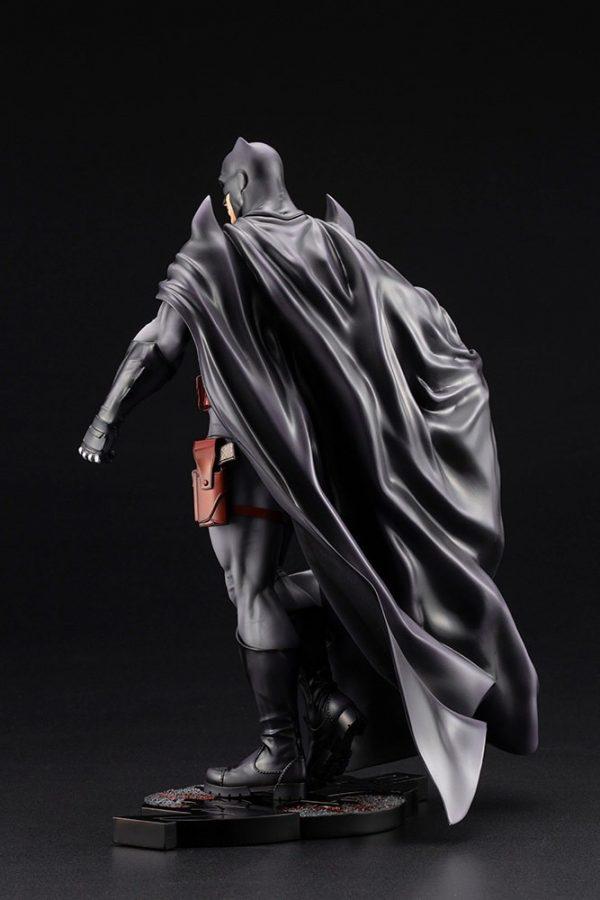 batman-thomas-wayne_dc-comics_gallery_5f762ee7b9abd-600x900