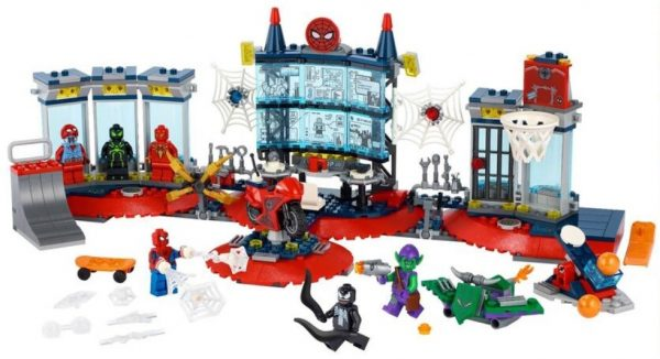 Attack-on-the-Spider-Lair-76175-2-600x326