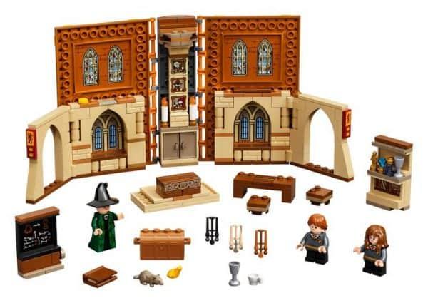 Hogwarts-Moment-Transfiguration-Class-76382-2-600x425
