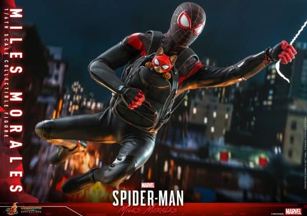 Hot-Toys-SMMM-Miles-Morales-collectible-figure_PR20-600x422