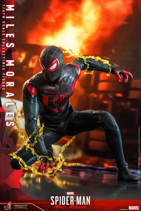 Hot-Toys-SMMM-Miles-Morales-collectible-figure_PR5-600x900