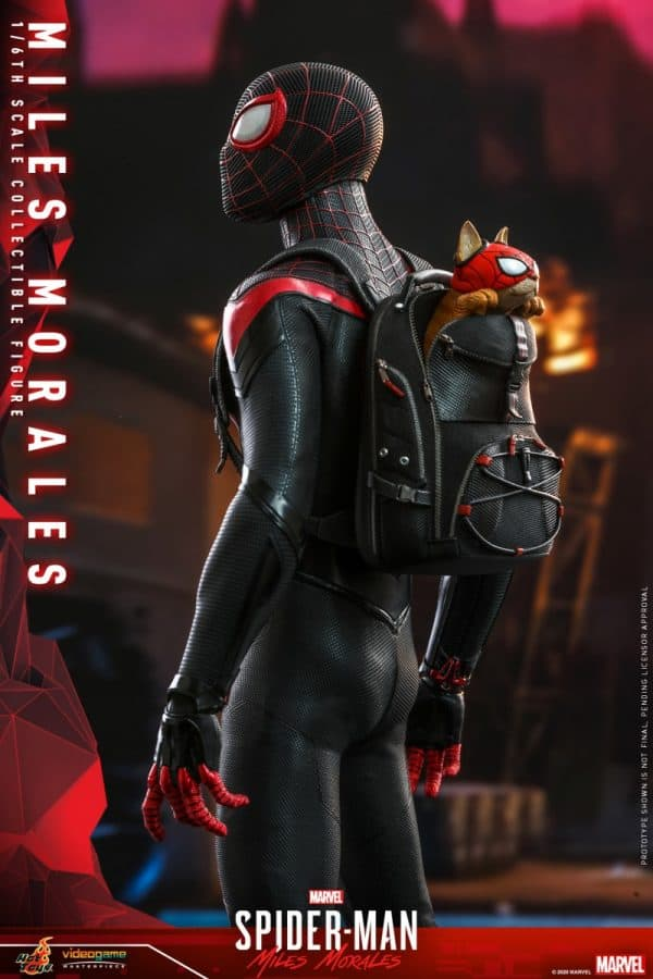 Hot-Toys-SMMM-Miles-Morales-collectible-figure_PR9-600x900