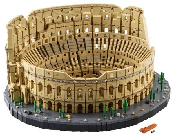 LEGO-Colosseum-10276-3-600x472