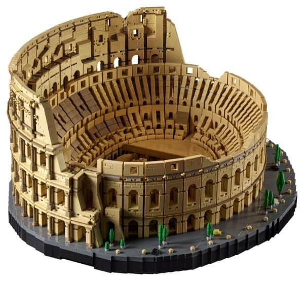 LEGO-Colosseum-10276-4-600x555