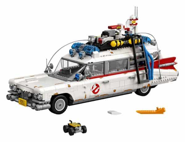 LEGO-Ghostbusters-Ecto-1-10274-3-600x462
