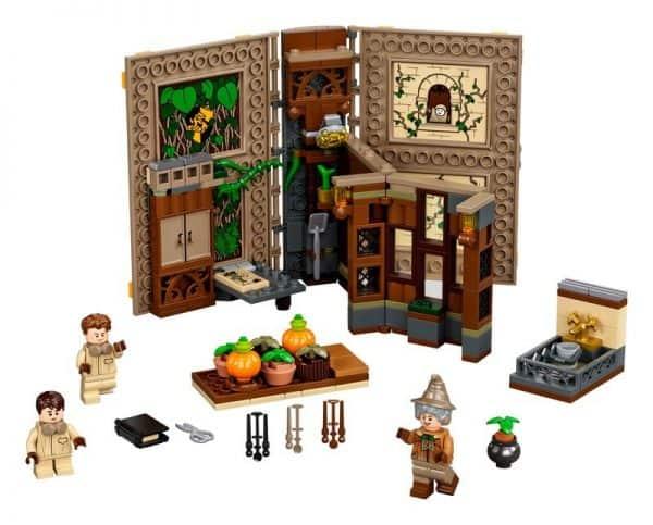 LEGO-Hogwars-Moment-Herbology-Class-76384-2-600x483
