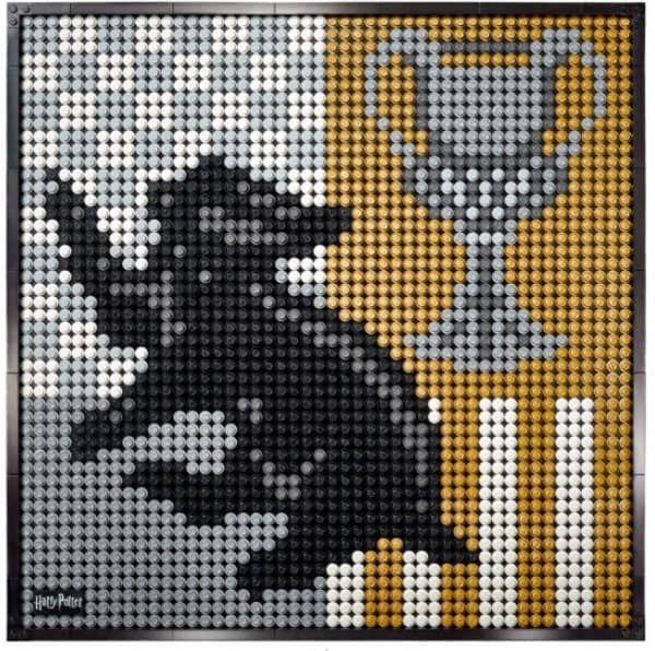 LEGO-Hogwarts-crests-set-5-600x596