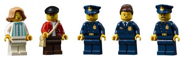 LEGO-Police-Station-10278-Modular-Building-21-600x198