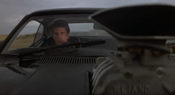 Mad-Max-11_12-Movie-CLIP-Taking-Out-Toecutter-1979-HD-0-14-screenshot-600x327