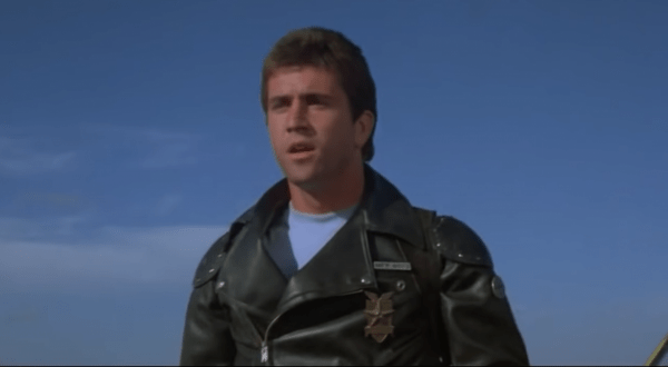 Mad-Max-3_12-Movie-CLIP-Max-vs.-Nightrider-1979-HD-2-57-screenshot-600x330