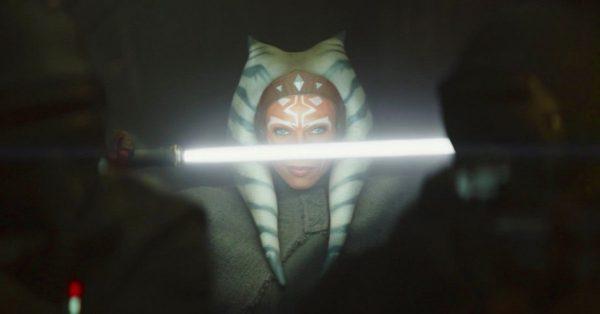 star-wars-the-mandalorian-ahsoka-tano-rosario-dawson-fan-reactio-1246751-1280x0-1-600x314