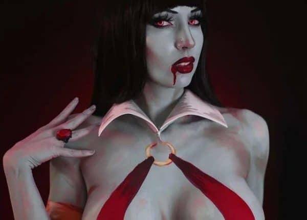 vampirella-600x429