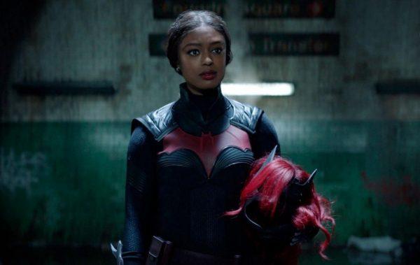 Batwoman-s2-premiere-1-1-600x379