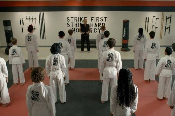 Cobra-Kai-Season-3-4-600x400-1