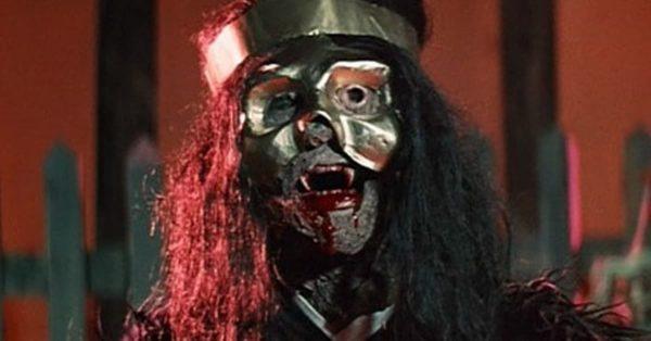 Legend-of-the-7-Golden-Vampires-1974-600x314