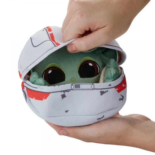 STAR-WARS-THE-BOUNTY-COLLECTION-THE-CHILD-HIDEAWAY-HOVER-PRAM-PLUSH-oop-10-600x600