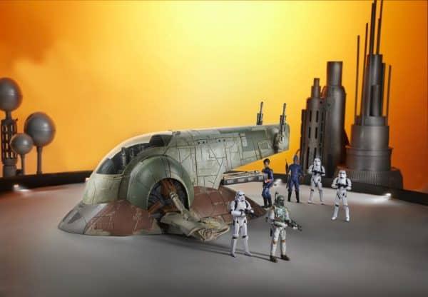 STAR-WARS-THE-VINTAGE-COLLECTION-BOBA-FETTS-SLAVE-I-Vehicle-oop-7-600x416