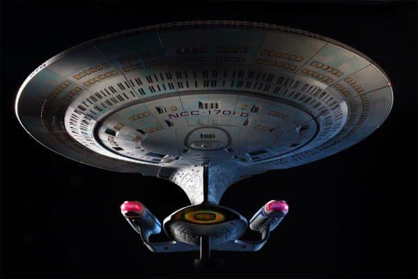 Star-Trek-Hero-Collector-Build-Your-Own-Enterprise-D-2-600x400