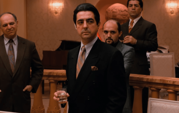 THE-GODFATHER-CODA_-THE-DEATH-OF-MICHAEL-CORLEONE-_-Official-Trailer-HD-_-Paramount-Movies-0-39-screenshot-600x379
