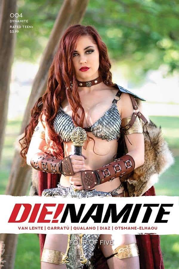 Dienamite-04-04051-E-Cosplay
