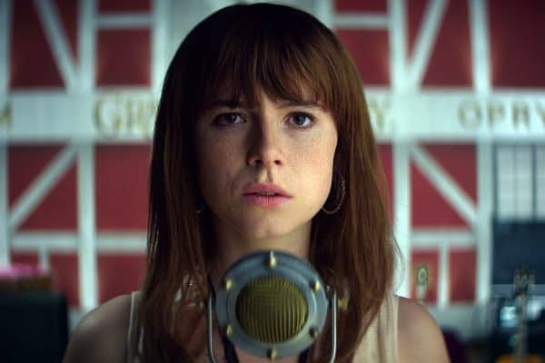 Jessie-Buckley-600x400