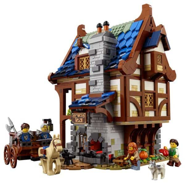LEGO-Ideas-Medieval-Blacksmith-21325-3-600x597