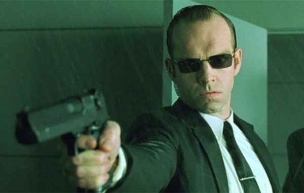 The-Matrix-Hugo-Weaving-Agent-Smith-600x381