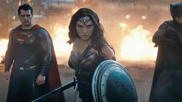 batman-superman-wonder-woman-dawn-of-justice-600x338