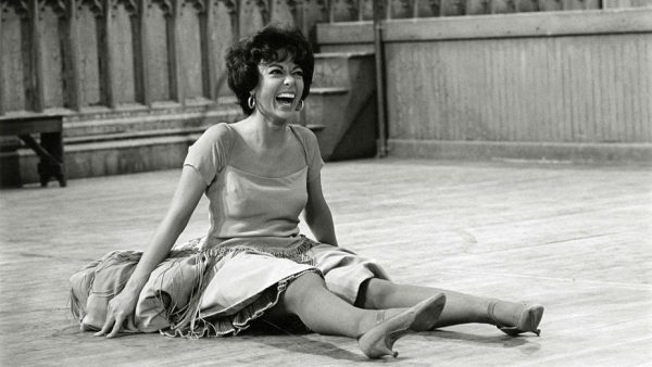 rita-moreno-just-a-girl-who-decided-to-go-for-it-still-3_50638499771_o-H-2021-1611694633-928x523-1-600x338