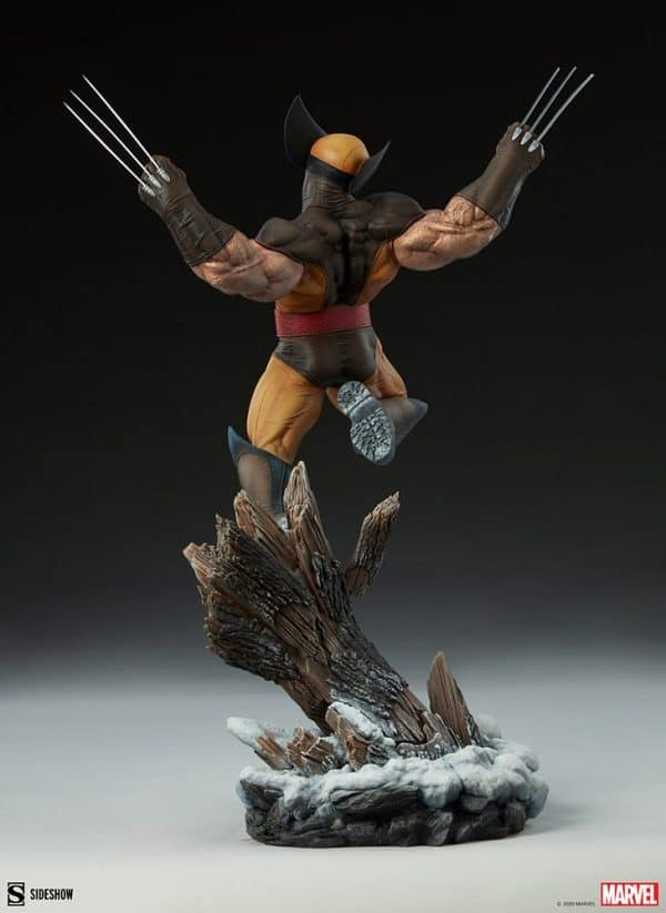 wolverine-premium-format-figure_marvel_gallery_5ff7520e41185-600x823