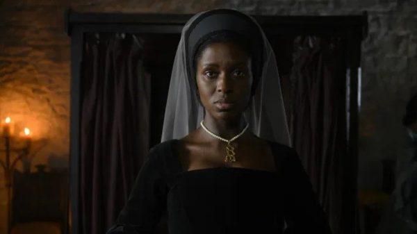Anne-Boleyn-played-by-Jodie-Turner-Smith-600x337